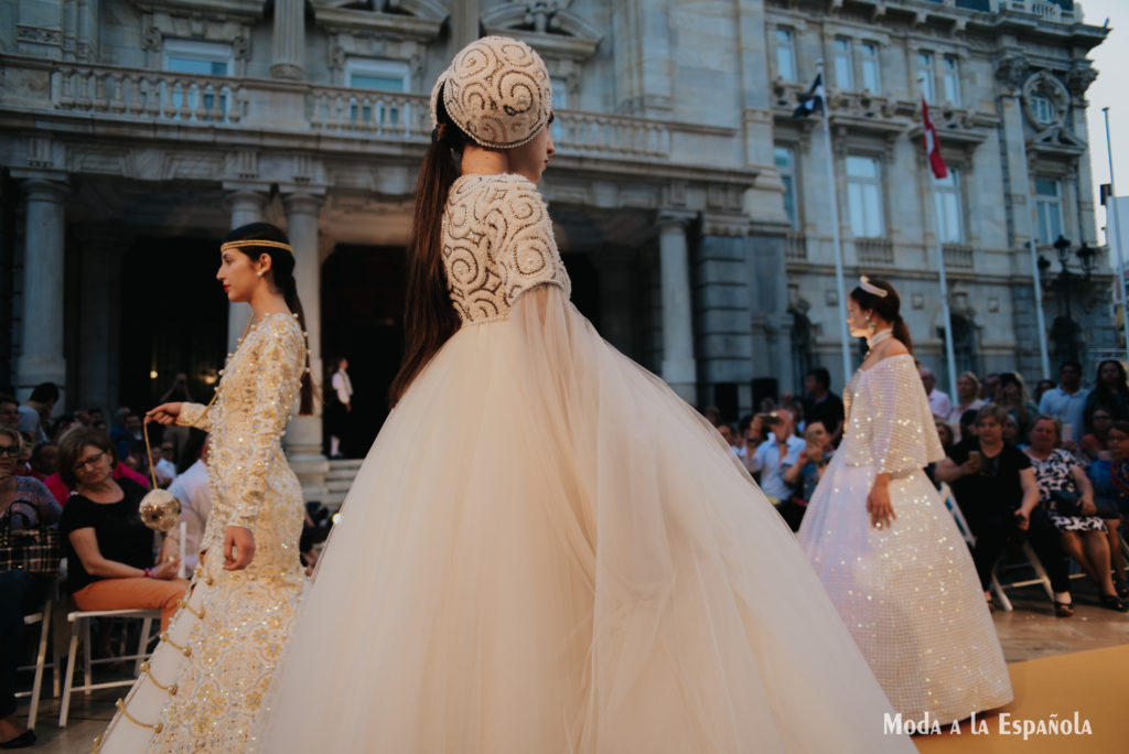 moda a la española pasarela cartagena aliaga